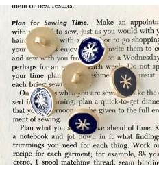 Round star button - Navy