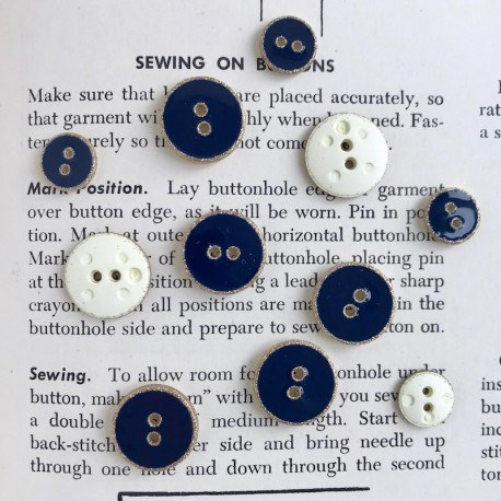Enamelled Button - Gray, gold